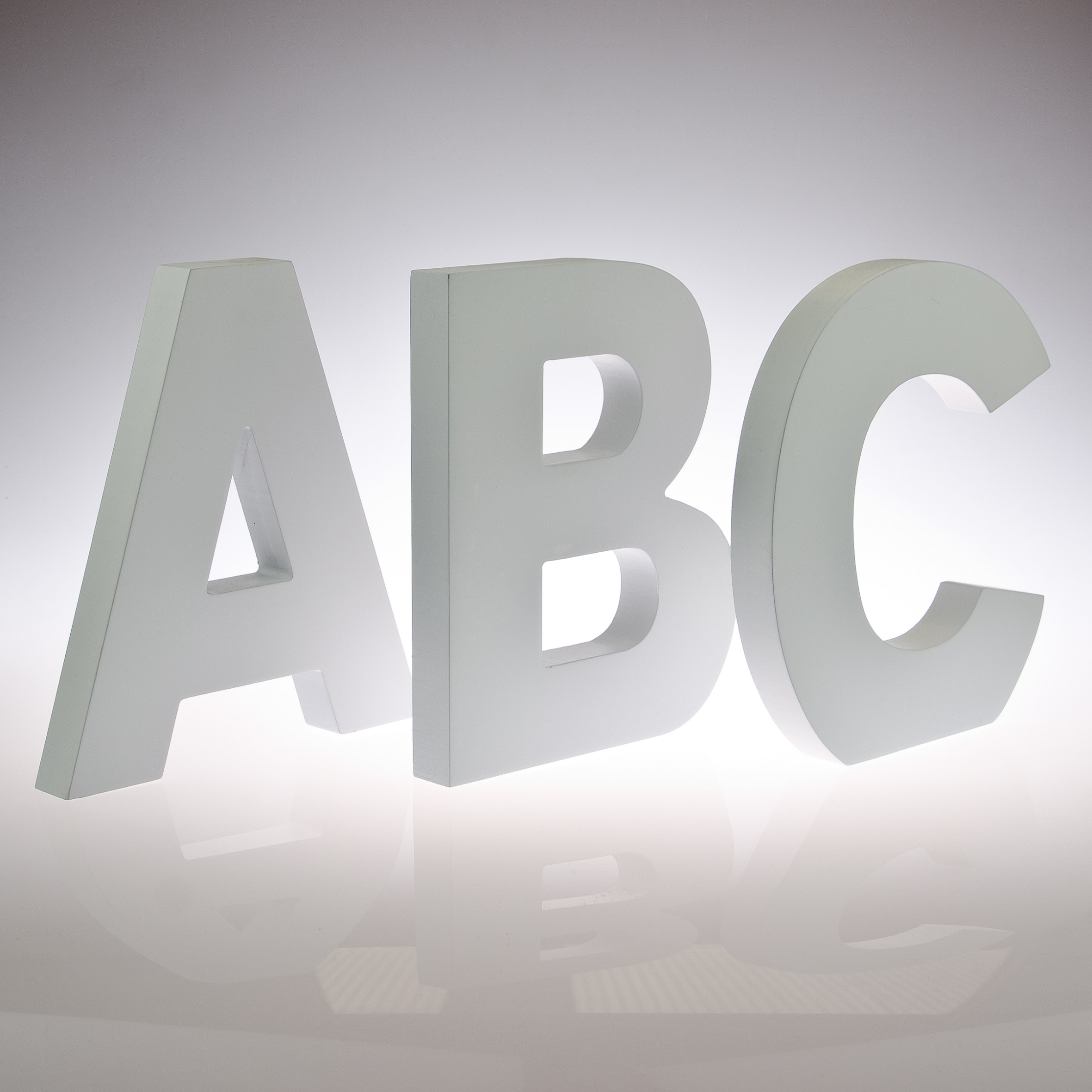 18cm – White Wooden Letters by Splosh / Peace & Thyme-0