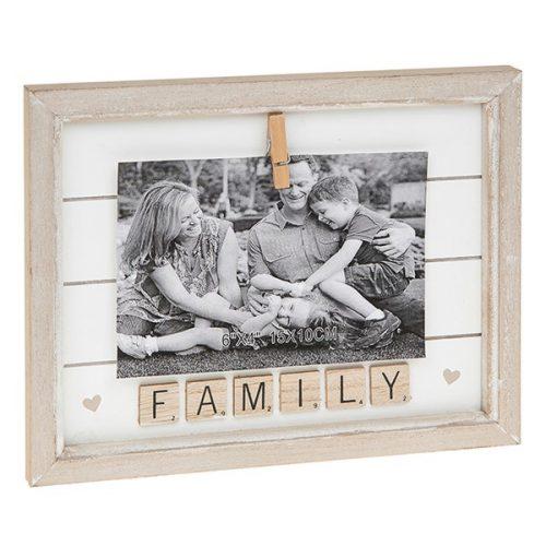 Scrabble Peg Frame 6x4 Family