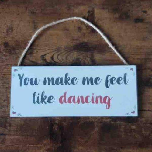love-plaque-dancing