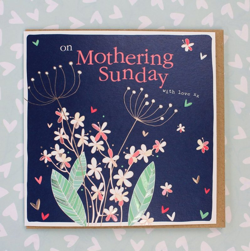 molly-mae-card-on-mothering-sunday